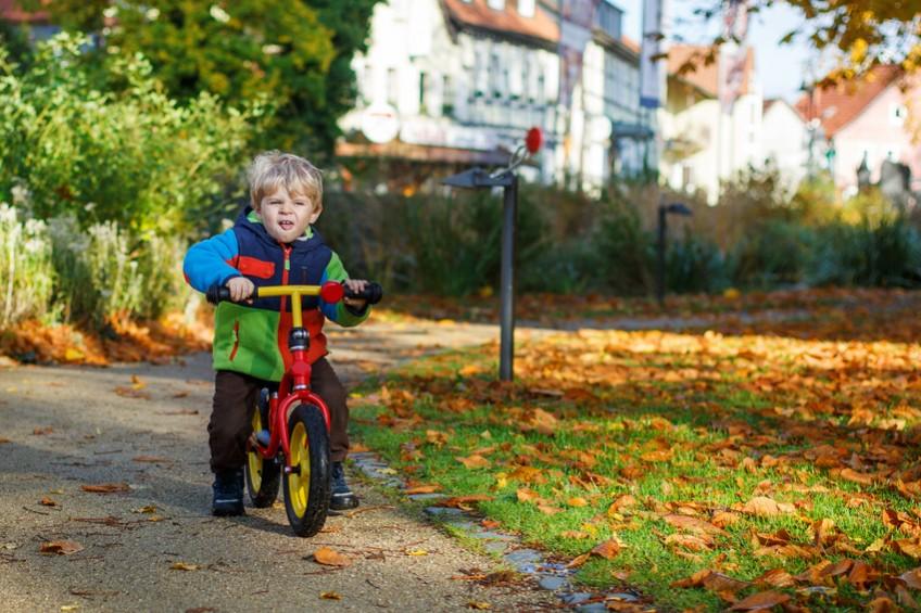 Spielwaren: Das Laufrad, mobiles Spielzeug für das Kind
