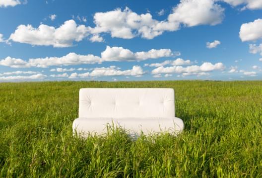 Moderne Polstermöbel geschmackvoll kombinieren und ein behagliches Ambiente schaffen