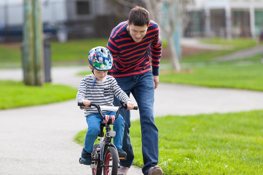 Mit Spielwaren die Welt erfahren: Das Laufrad als ideales Spielzeug