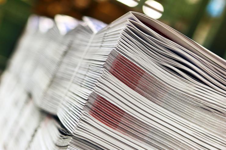 Mittels Folieren lassen sich zum Beispiel Magazine gut verpacken. (Bild: fovito - fotolia.com)