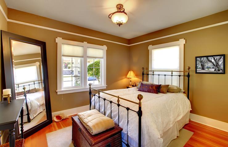 Wohliger Schlaf in einem schönen Bett - perfekt! (Bild: © Artazum and Iriana Shiyan - shutterstock.com)