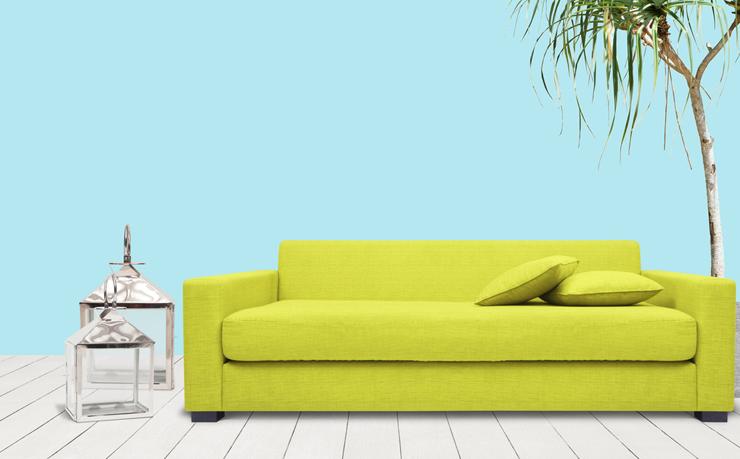 Ein schickes Sofa macht Wohnträume wahr. (Symbolbild: © Atiketta Sangasaeng - shutterstock.com)